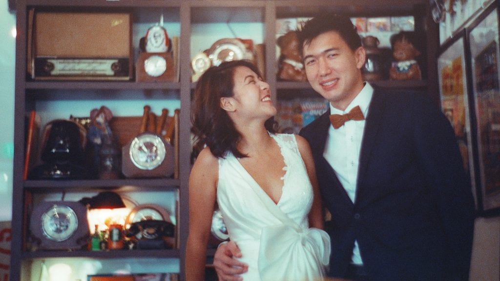 The Petzval Experiment by Film Wedding Photographer Brian Ho from thegaleria in collaboration with Amanda Lee Weddings, Cinestill 800T and Lomography Singapore