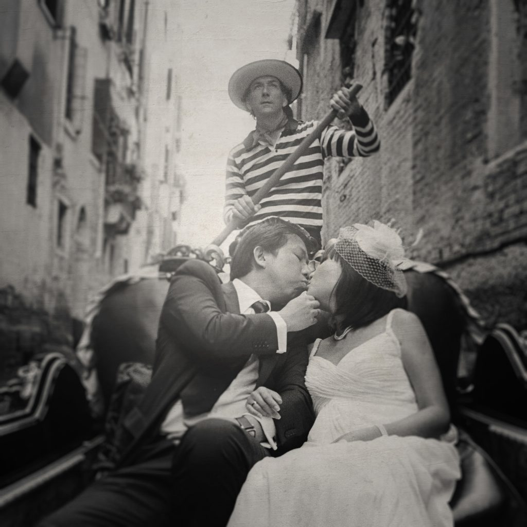 JY & Sharon / Venice Pre-Wedding / Wedding Photography by Film Wedding Photographer Brian Ho from thegaleria
