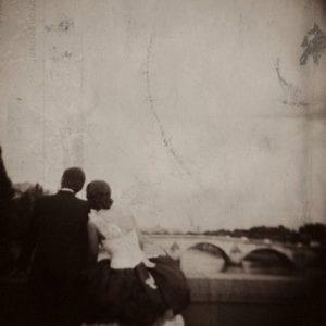 Paris Pre-Wedding / Ilford HP5+ / Holga 120GN / Film Wedding Photographer Brian Ho / thegaleria